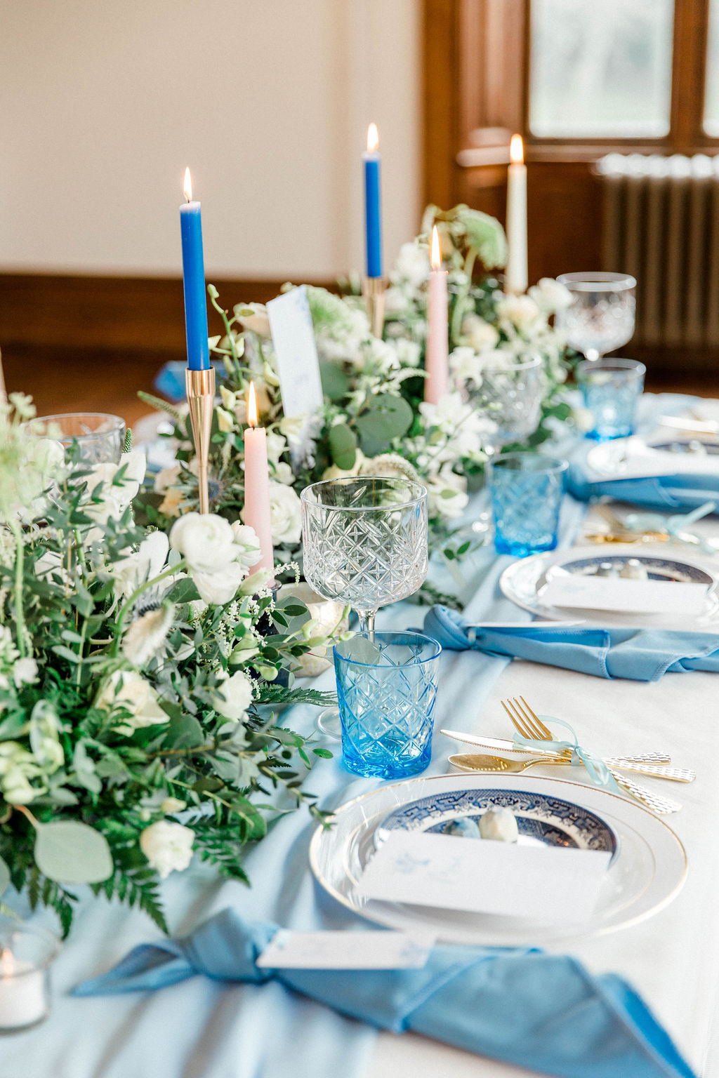 wedding top table inspiration for romantic wedding