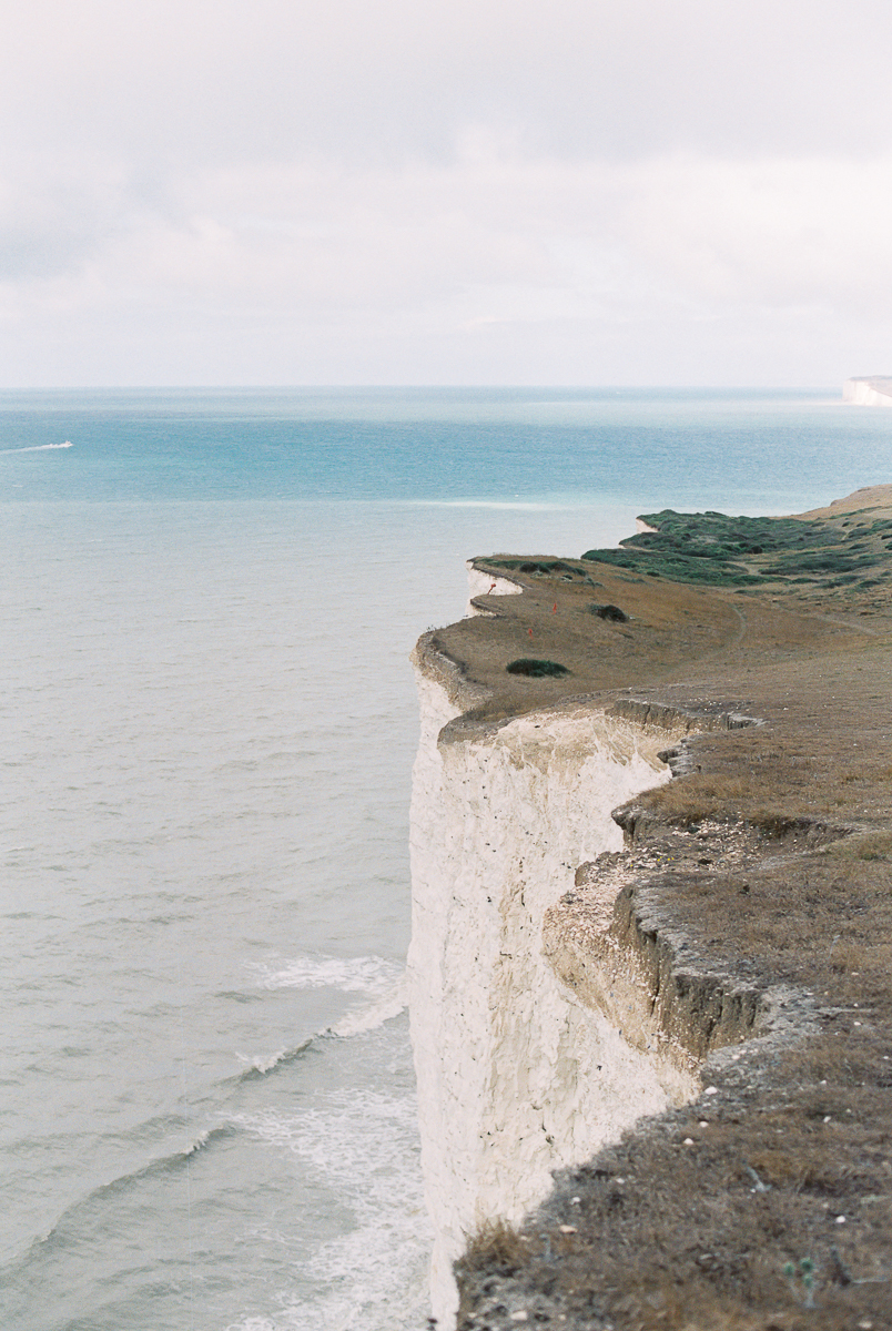 amazing view over the white chalk cliffs in birling gap