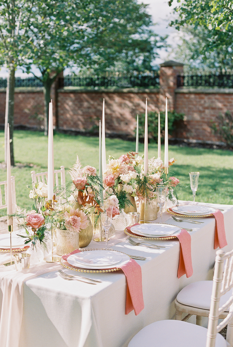 intimate wedding table decorations