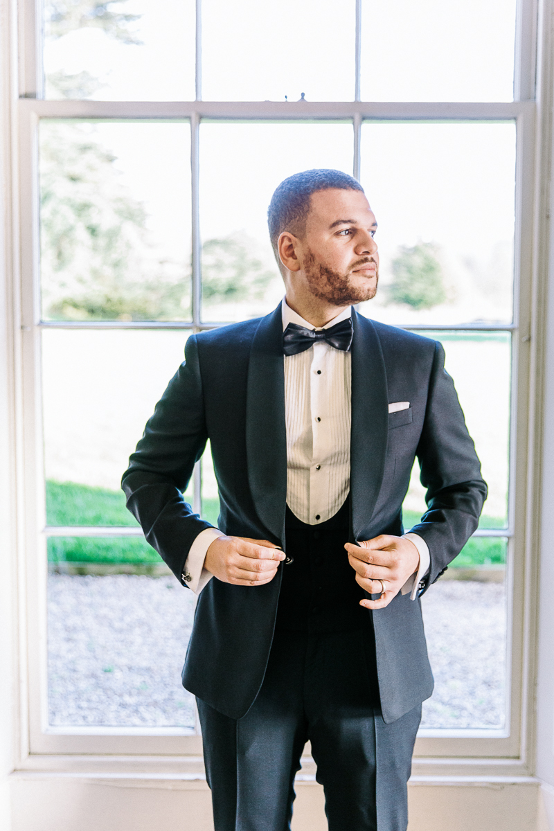 photo of the groom getting ready