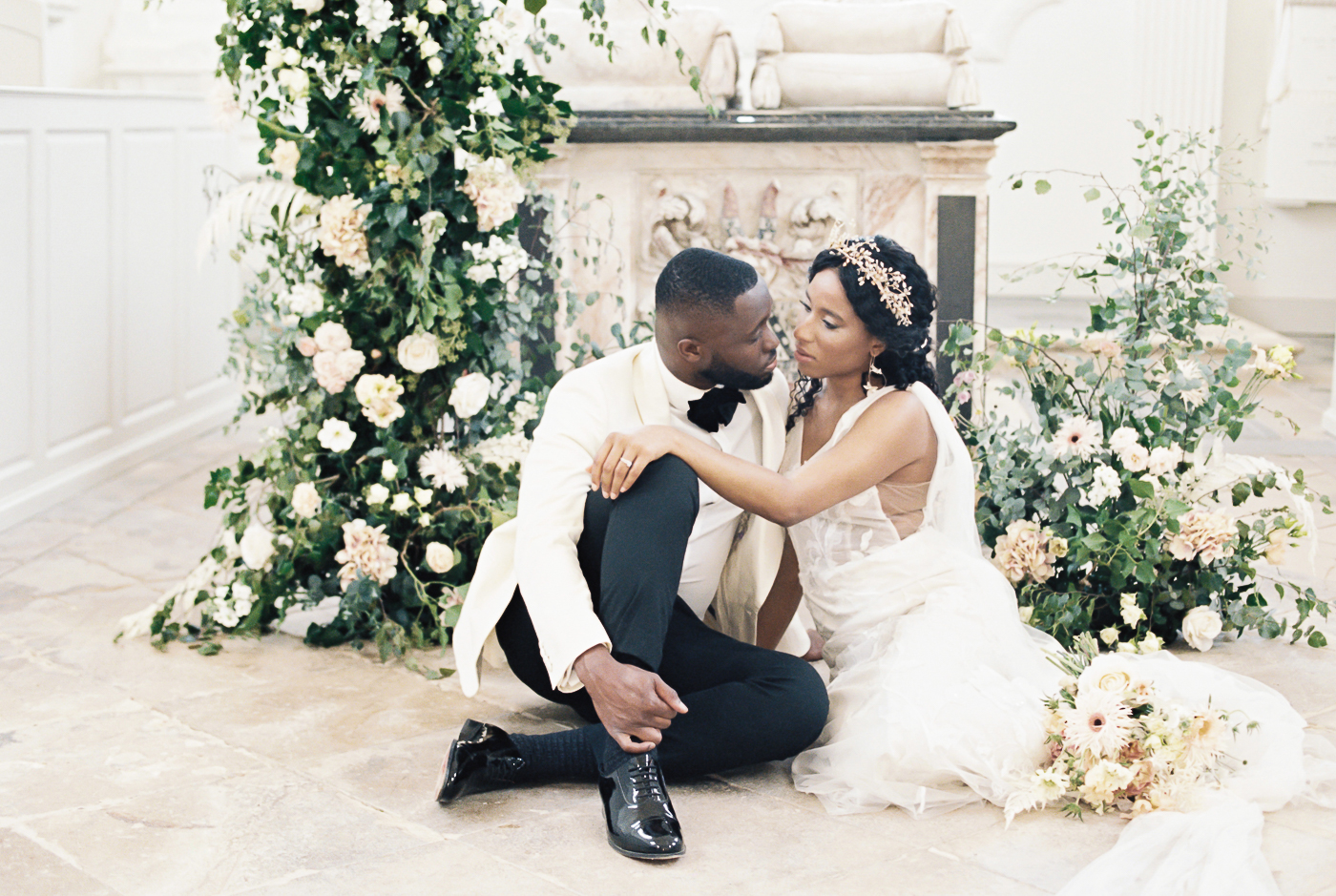 relaxed bride and groom photo